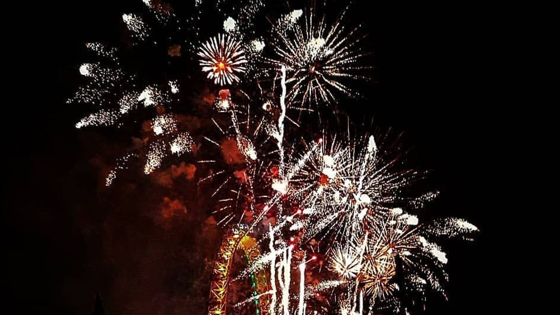 New Year's Eve - The Thames Rockets Way!