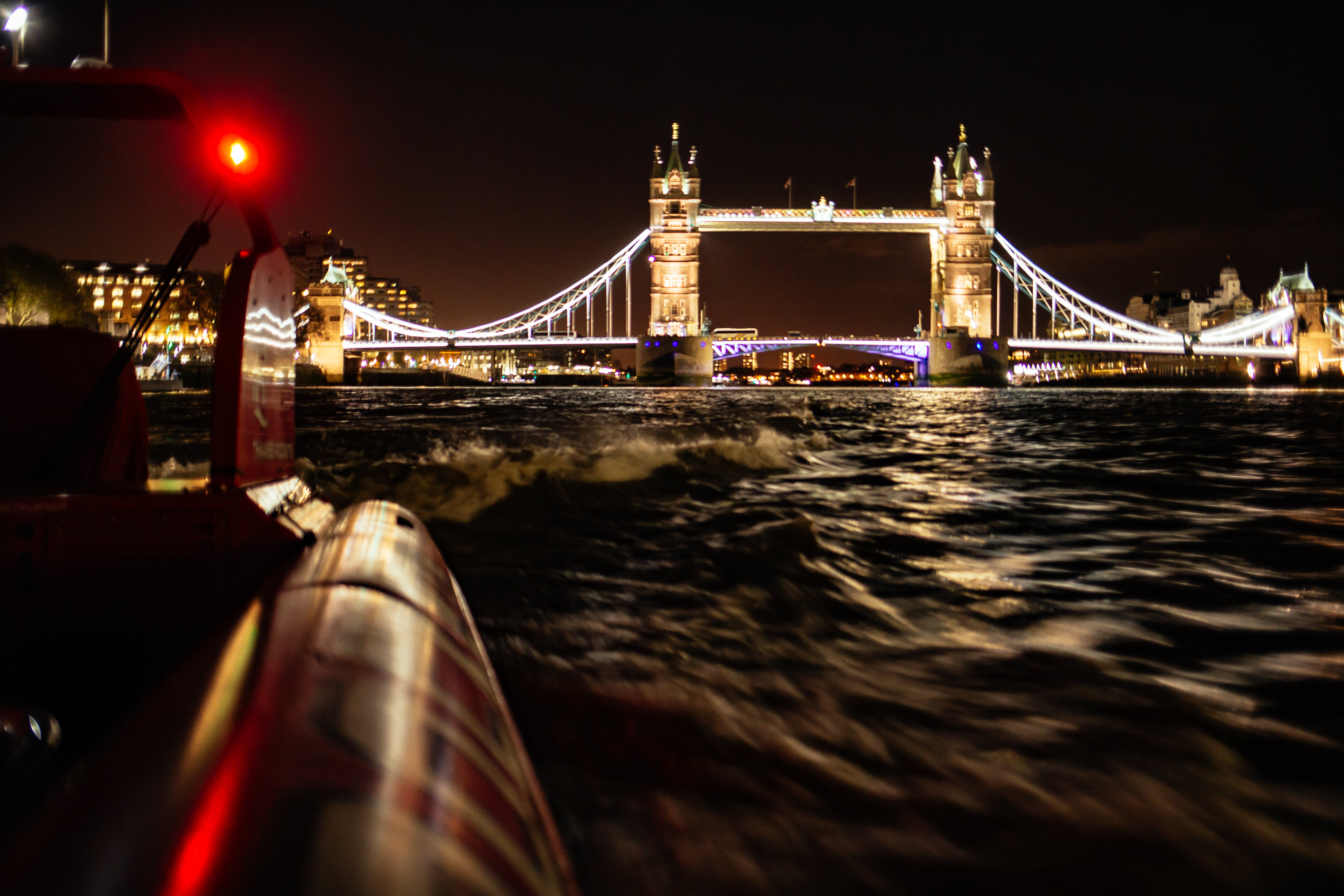 London New Year's Eve Speedboat